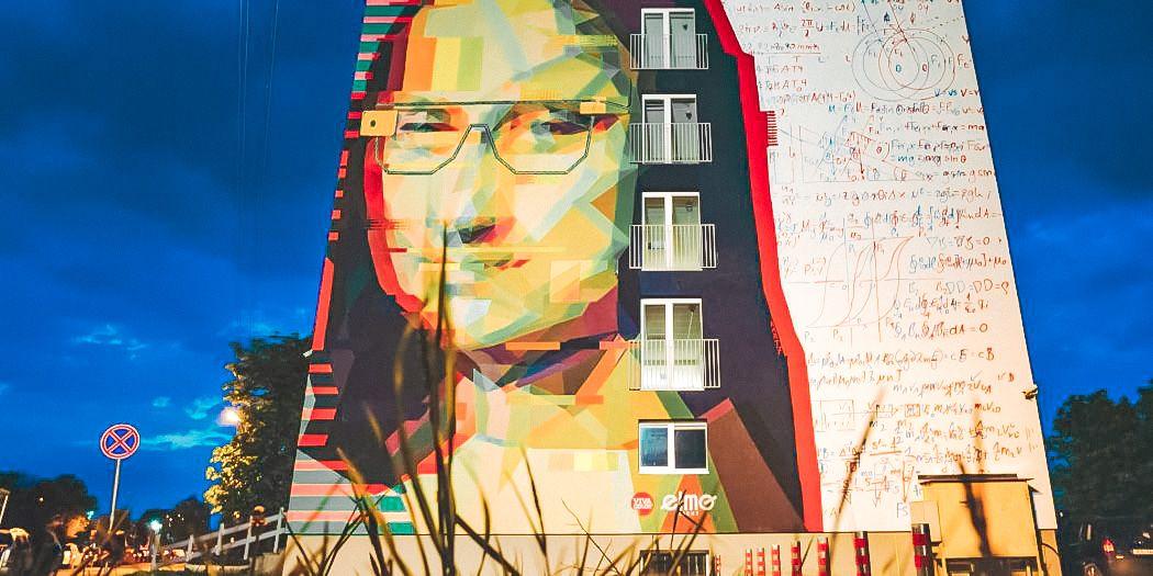 """Grafitis """"Dadaistinė Mona Liza XXI amžiuje"""""""