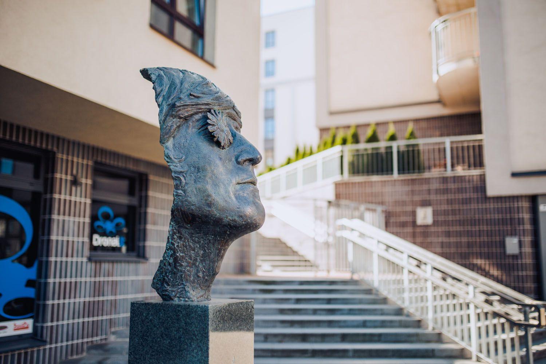 "Skulptūra ""John Lennon"""