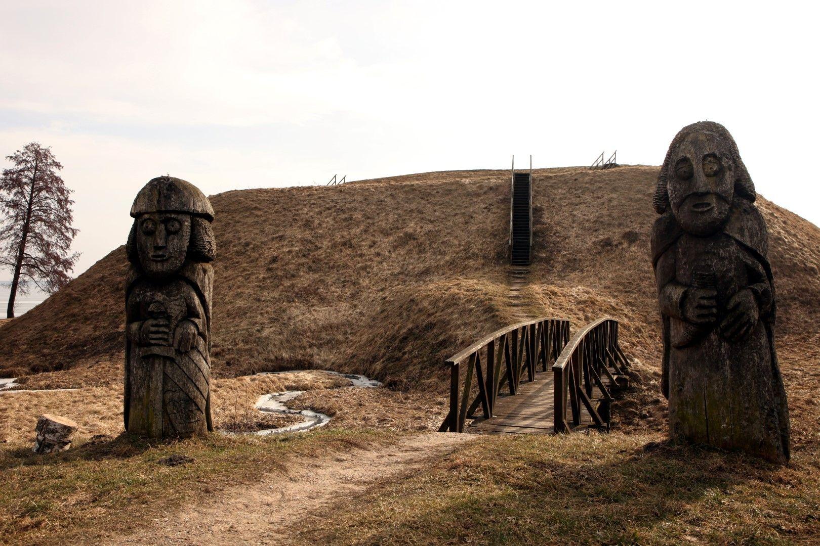 Pėsčiųjų pažintinis takas Prelomciškės kalvomis